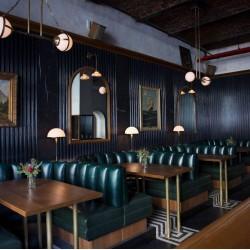 Cafe Bar Loca Koltukları